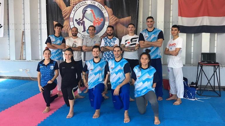 La selección de taekwondo se alista para el preolímpico