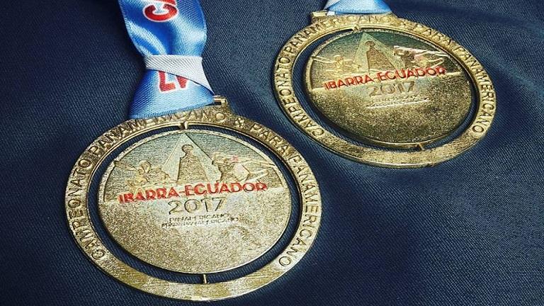 Campeones panamericanos de canotaje