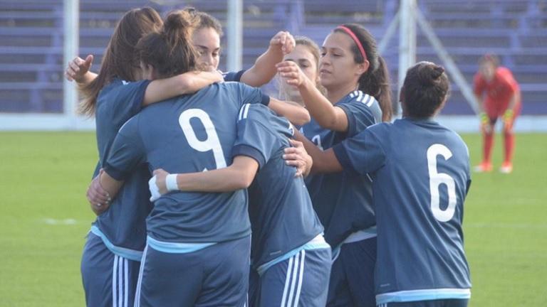 Victoria Argentina en la vuelta del fútbol femenino