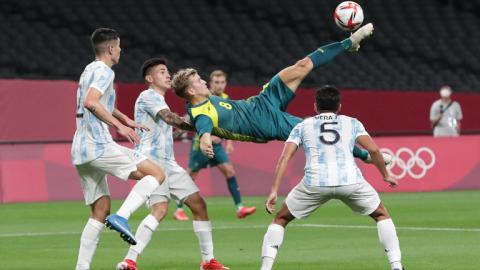 Debut con derrota para la selección de fútbol